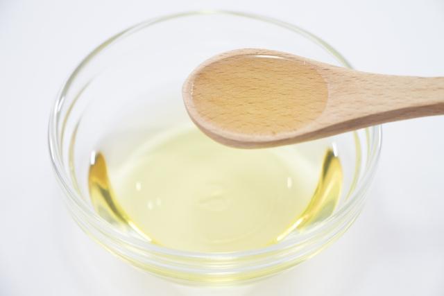 マヨネーズの原材料の油